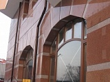 Гранит – оптимальный материал для отделки зданий